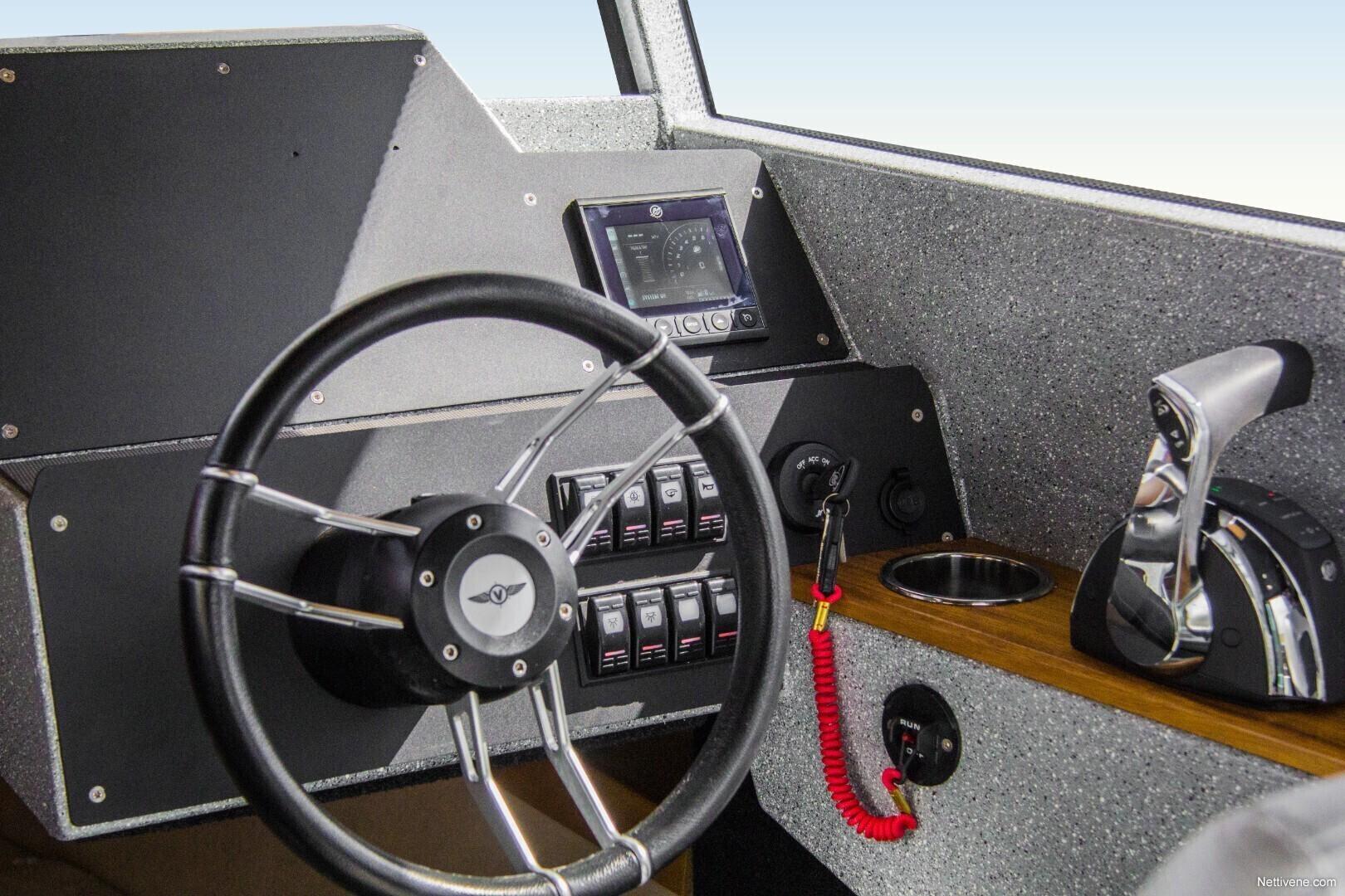 700 Cabin + V250