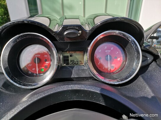 Accelerometer Suomeksi
