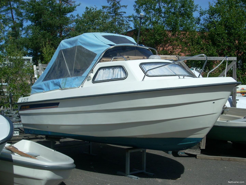 Ryds 485 Cabin Nelitahti Koneella Motor Boat Espoo