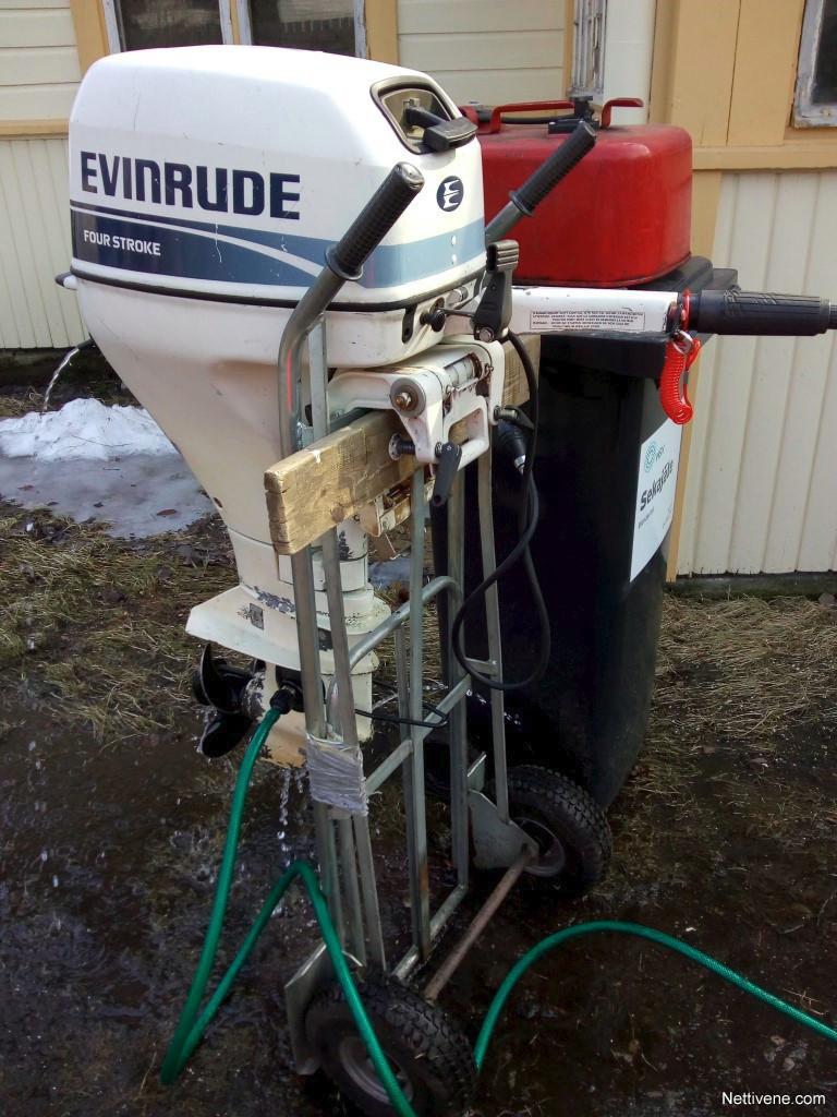 Evinrude 15 four stroke engine - Helsinki - Nettivene